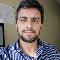 Dr.-Alejandro-Cuevas
